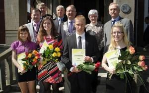 Välja antud stipendiumid 2012